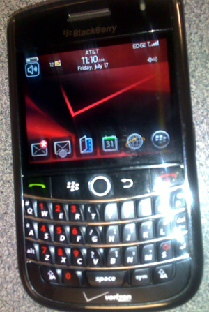 image of Unlocked Verizon Wireless BlackBerry Tour Running on AT&T