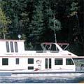 Houseboat fleet offers solar-powered broadband
