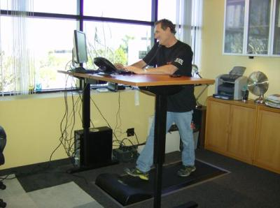 Keep In Mind That Treadmills Built For Desk Use Will Have Key Features That  A Home Built Solution Will Lack. Chief Among Those Is Detached Controls.